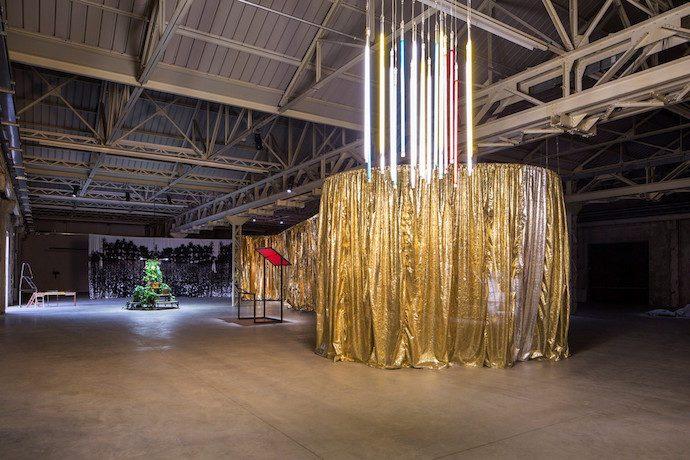 Céline Condorelli: Bau Bau Exhibition