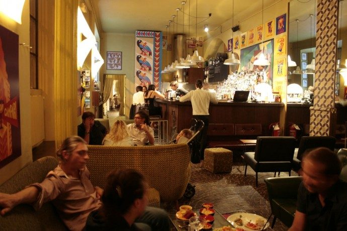 Milan Nightlife Guide: Bars For Aperitivo